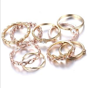🎀Bohemian stacking rings 🎀 NEW